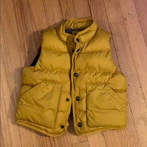 Gap down vest-2 year old with room to grow!